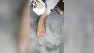 Feet: Are my socks cute?